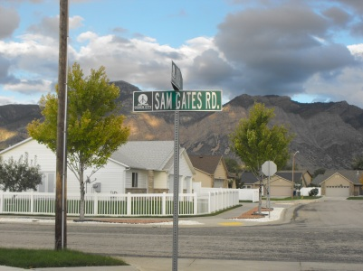 Sam Gates Road is part of the Fort Bingham subdivision; photo 2014.