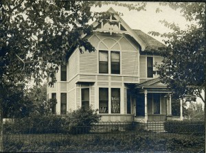 William & Sarah Browning Redfield house once stood on SW corner of 4th and Washington Blvd.