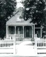 Lawrence Sherner house at 218 2nd St.; photo 1920.